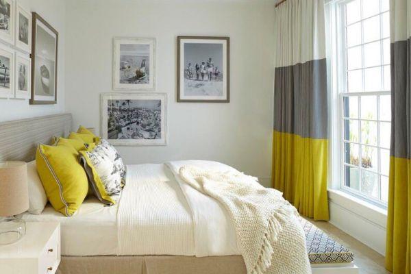 Сечетание штор в спальне