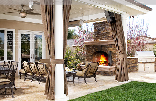 Классические шторы на веранде летом