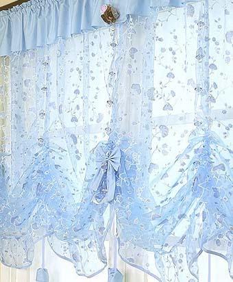 Примеры карнизов и держателей для штор в детскую комнату- рис.15