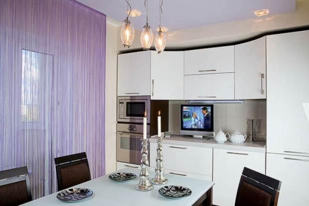 дизайн шторы на кухню в современном стиле
