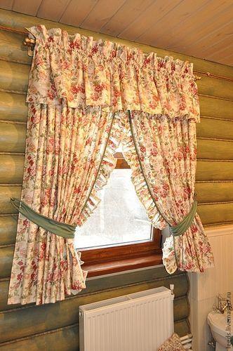 Занавески на окна в деревенском доме своими руками