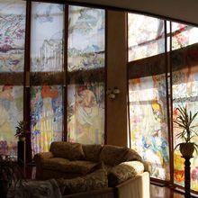 Высокие японские витражные шторы