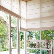 Римский занавес для окна, высотой в два этажа